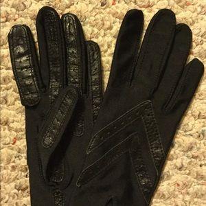 ISOTONER Aris Leather Ladies Black Gloves NEW!